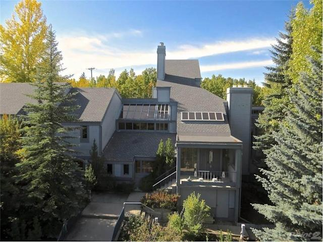 "<p>No. 4: 15 PUMP HILL CL SW, Calgary, Alberta<br> List Price: $12,380,000<br> (Listing via <a href=""https://www.point2homes.com/CA/Home-For-Sale/AB/Calgary/Pump-Hill/15-PUMP-HILL-CL-SW/37432026.html"" rel=""nofollow noopener"" target=""_blank"" data-ylk=""slk:Point2Homes"" class=""link rapid-noclick-resp"">Point2Homes</a>) </p>"