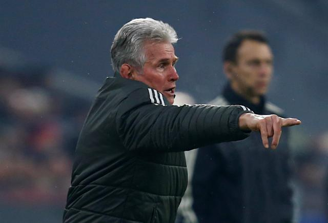 Soccer Football - Champions League Round of 16 First Leg - Bayern Munich vs Besiktas - Allianz Arena, Munich, Germany - February 20, 2018 Bayern Munich coach Jupp Heynckes gestures REUTERS/Ralph Orlowski
