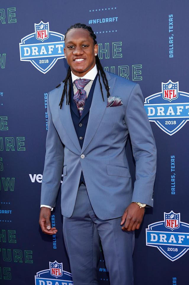 <p>Tremaine Edmunds of Virginia Tech poses on the red carpet prior to the start of the 2018 NFL Draft at AT&T Stadium on April 26, 2018 in Arlington, Texas. (Photo by Tim Warner/Getty Images) </p>