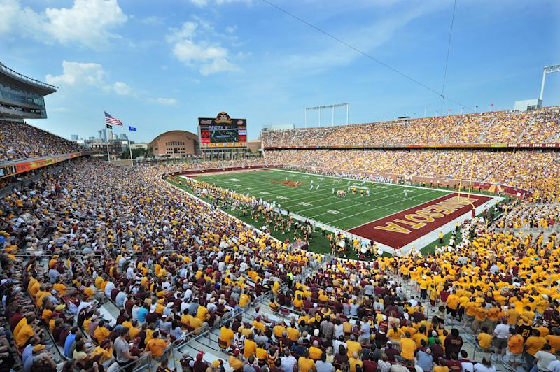 MINNEAPOLIS, MN - SEPTEMBER 19: A sold out crowd fills TCF Bank Stadium as the Minnesota Golden Gophers play an NCAA football game against the California Golden Bears on September 19, 2009 in Minneapolis, Minnesota. (Photo by Tom Dahlin/Getty Images)