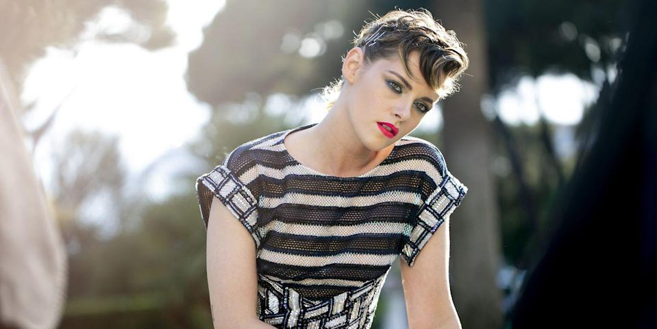 Kristen Stewart on Coming Out as Queer and Her Past 'Caginess' Dating Robert Pattinson