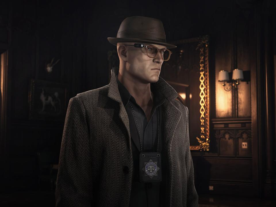 Agent 47 disguises himself as a private investigator during the Devon-set chapter of Hitman 3 (IO Interactive)