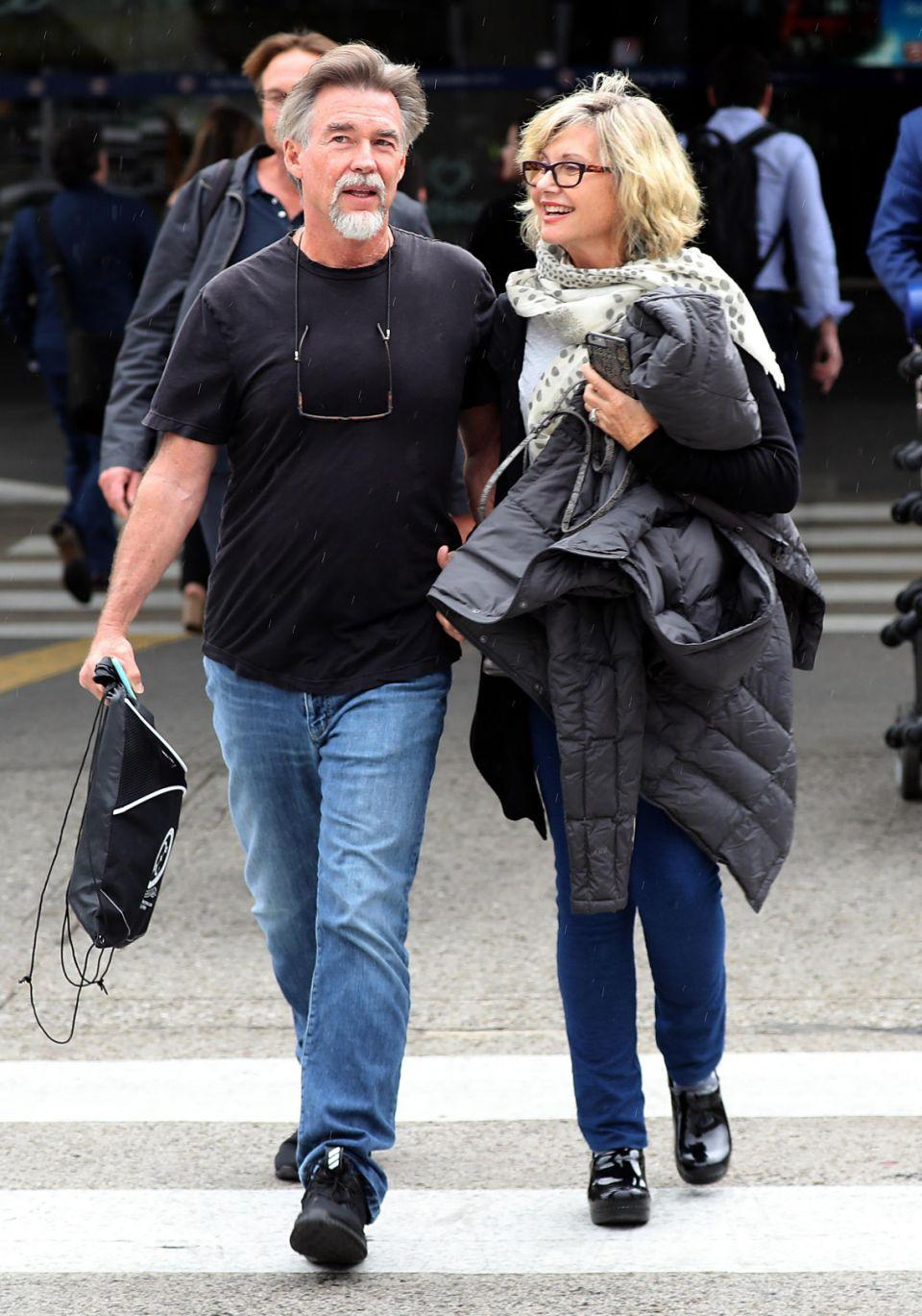 It is the first time Olivia has been seen publicly since admitting to using medicinal cannabis amidst her current cancer battle. Source: Diimex