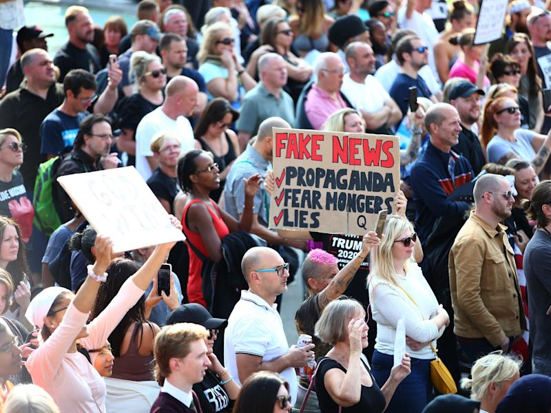 Protesters clash with Met Police at anti-vax rally by Trafalgar Square on 19 September (Getty Images)