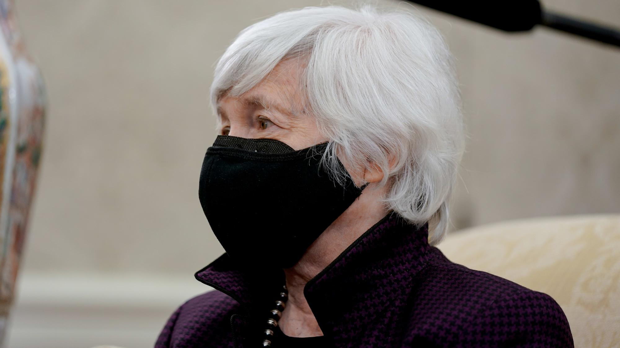 Yellen clarifies inflation remarks after market confusion