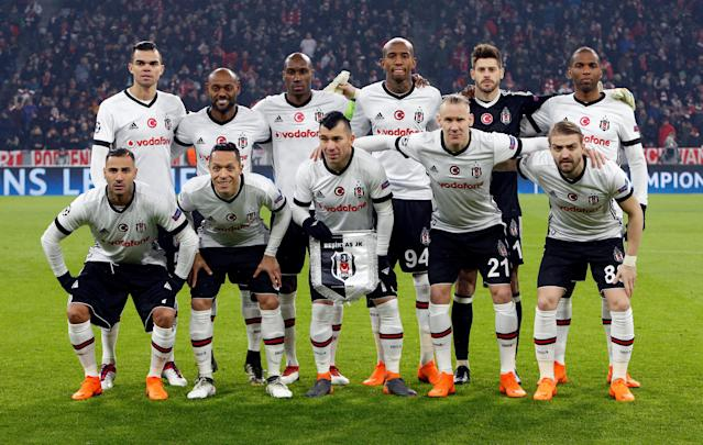 Soccer Football - Champions League Round of 16 First Leg - Bayern Munich vs Besiktas - Allianz Arena, Munich, Germany - February 20, 2018 Besiktas players pose for a team group photo before the match REUTERS/Michaela Rehle
