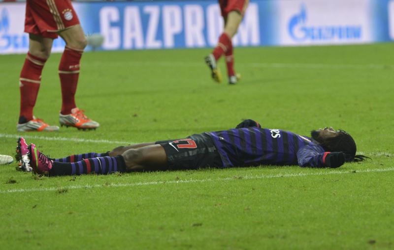 Arsenal's Gervinho reacts after failing to score during the Champions League round of 16 second leg soccer match between FC Bayern Munich and FC Arsenal in Munich, Germany, Wednesday, March 13, 2013. (AP Photo/Kerstin Joensson)