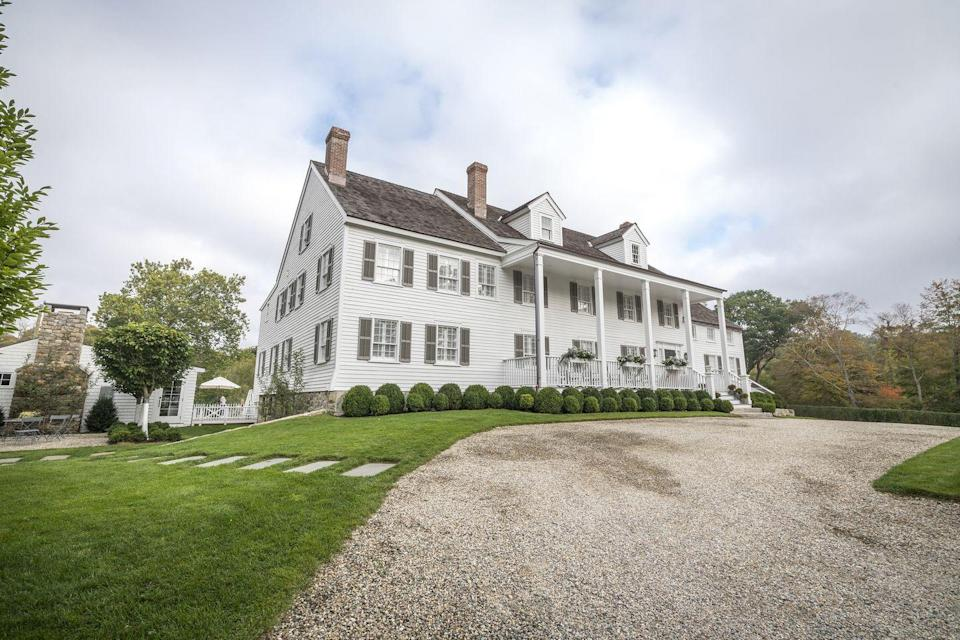 "<p>Driving up the Atlantic Coast from Manhattan lies a treasure trove of romantic inns and charming towns, one notable option being <a href=""https://www.graybarns.com"" rel=""nofollow noopener"" target=""_blank"" data-ylk=""slk:GrayBarns"" class=""link rapid-noclick-resp"">GrayBarns</a> in Norwalk. Just an hour's drive from New York City, GrayBarns offers a quiet respite from big city life and some great amenities for couples.</p><p>The inn has in-room couple's massages and custom floral arrangements upon arrival. As the property only houses six suites, you can rest assured you'll enjoy the low-key getaway you were looking for, plus access to a delightful restaurant, recreational activities, and Norwalk's acclaimed arts and culture destinations.</p>"