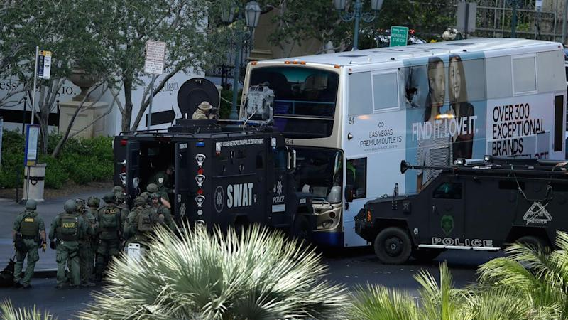 1 killed, 1 wounded in shooting along Las Vegas Strip; gunman taken into custody