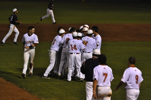 The San Antonio Madison baseball team celebrates a win — BeRecruited