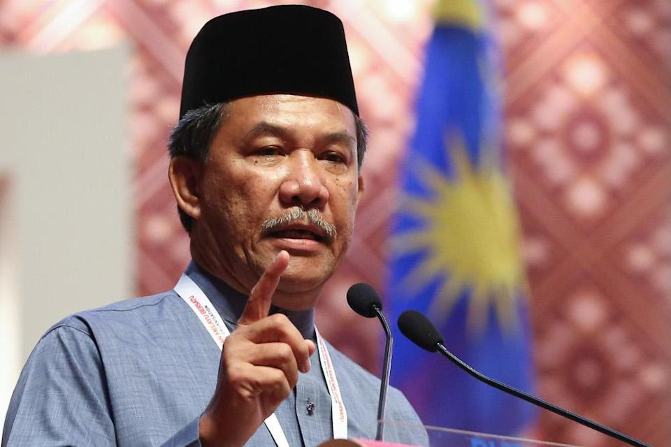 Umno deputy president Datuk Seri Mohamad Hasan said the government should impose a so-called 'health emergency' to contain Covid-19 rather than a state of Emergency. — Picture by Yusof Mat Isa