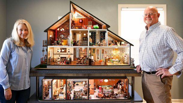 PHOTO: Annie Kampfe and Cliff Donnelly have gone viral for their expertly-crafted modern miniature home.  (Fallon Hogerty for @MiniModernHouse/Instagram)