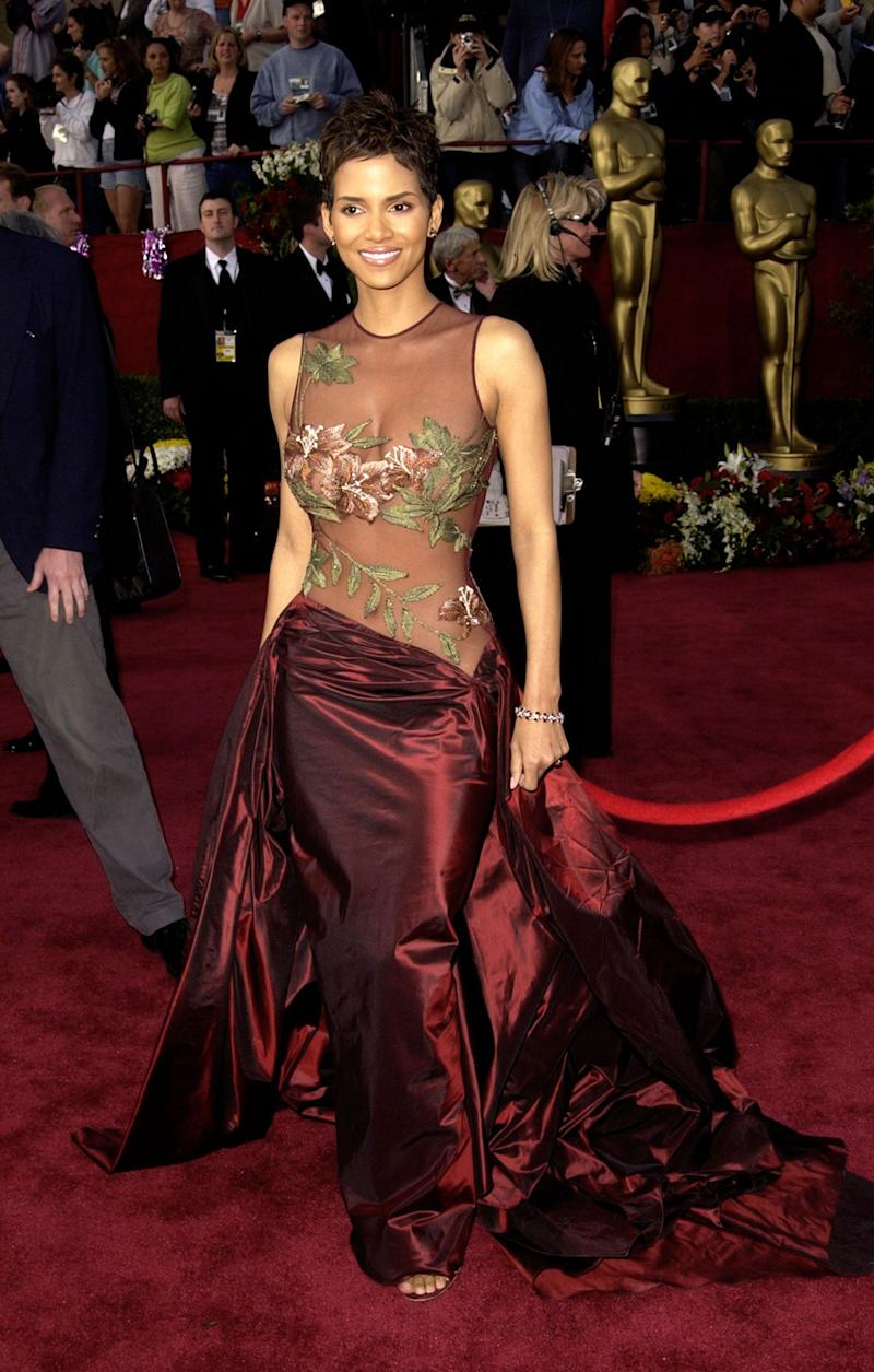 Wearing an Elie Saab gown at the 74th annual Academy Awards at the Kodak Theater in Los Angeles, March 24, 2002.