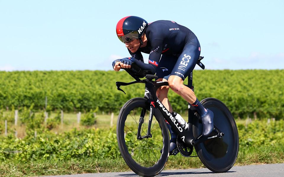 Geraint Thomas crashed at the Tour de France but was able to continue - GETTY IMAGES