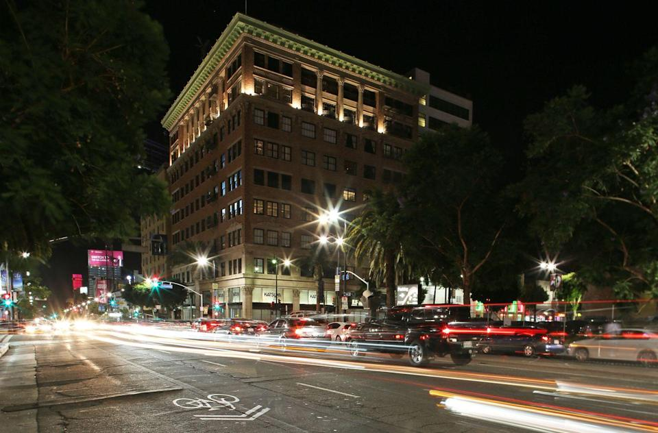 <p>As one of the major streets in Hollywood, Vine Street gets a lot of traffic on a daily basis. The street is also home to three blocks of Hollywood Walk of Famers. <br></p>
