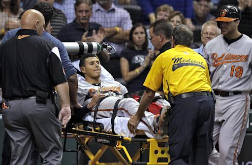 Machado leaves with leg injury