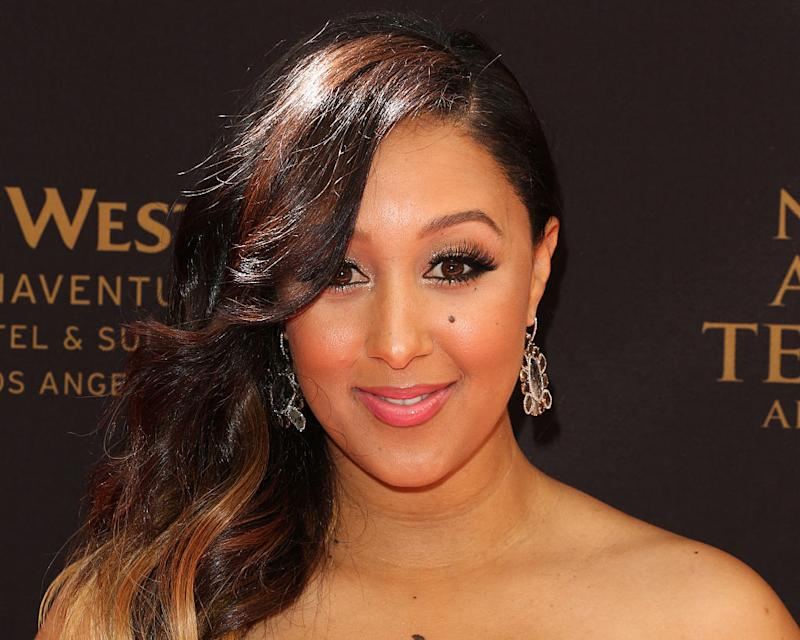 Tamera Mowry and her mini-me daughter snap the SWEETEST selfie together