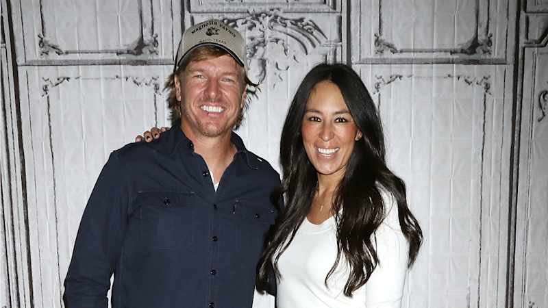 Chip and Joanna Gaines Wrap 'Fixer Upper' -- See the Pics!