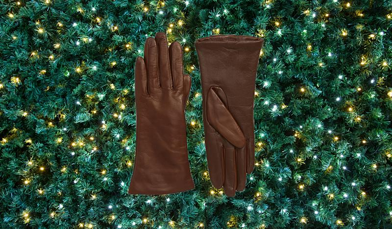 No one on your list would object to a pair of deliciously soft gloves. (Photo: Nordstrom)