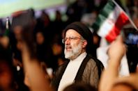 Iran votes in head-to-head between diplomacy and resistance