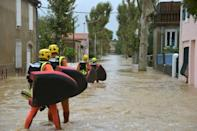 Some 600 firefighters rushed to help evacuate residents