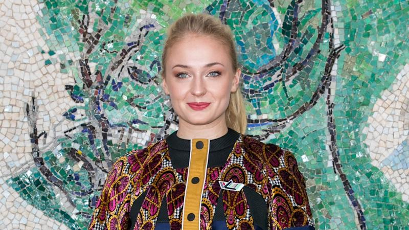 Sophie Turner Channels the Mother of Dragons With New Blonde 'Do -- See the Targaryen Transformation!