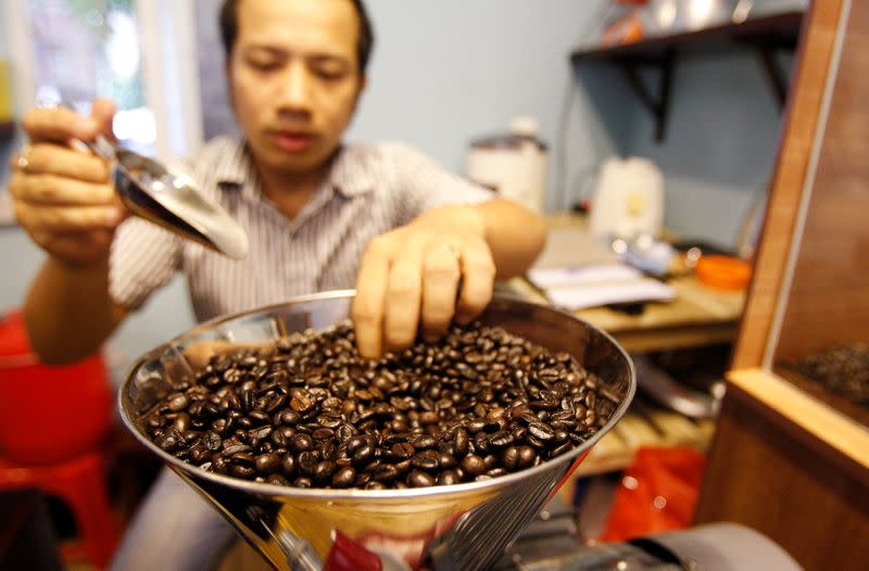 Vietnam first-half coffee exports up 2.2% year-on-year to 941,057 tonnes - customs