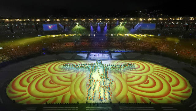 <p>Performers take part in the closing ceremony for the 2016 Rio Olympics at the Maracana Stadium on August 21, 2016. (REUTERS/Fabrizio Bensch) </p>
