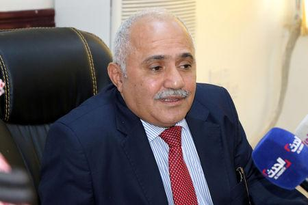 Deputy governor of the Central Bank of Yemen, Shokeib Hobeishy, talks to reporters at the bank's headquarters in Aden, Yemen December 13, 2018. Picture taken December 13, 2018. REUTERS/Fawaz Salman