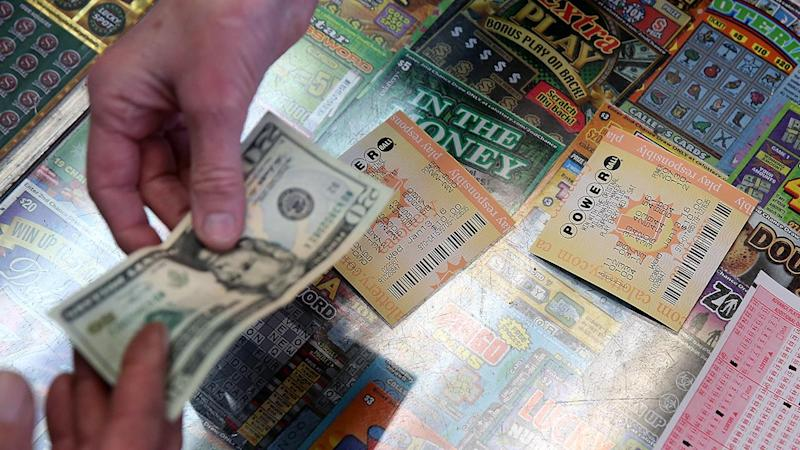 Mega Millions and Powerball lotteries now have $1 billion combined jackpot