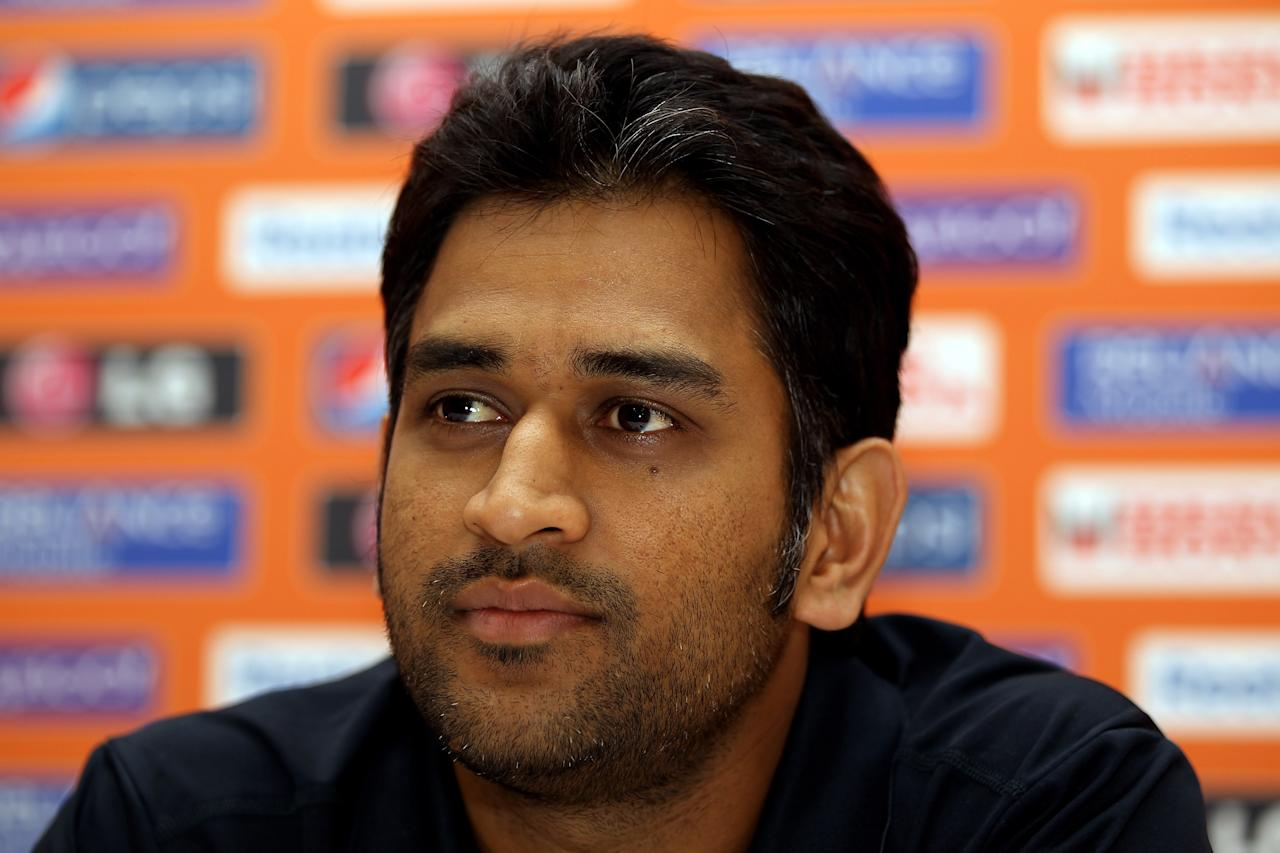GROS ISLET, SAINT LUCIA - APRIL 28:  Mahendra Singh Dhoni, captain of The India T20 World Cup team, attends a press conference on April 28, 2010 in Gros Islet, Saint Lucia.  (Photo by Julian Herbert/Getty Images)