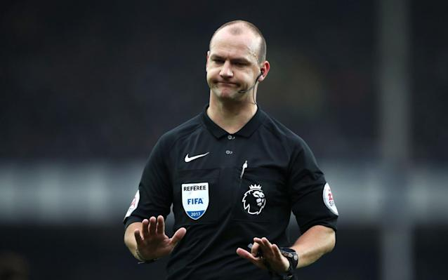 Referee Bobby Madley forced to quit after 'mocking' disabled man in Snapchat post