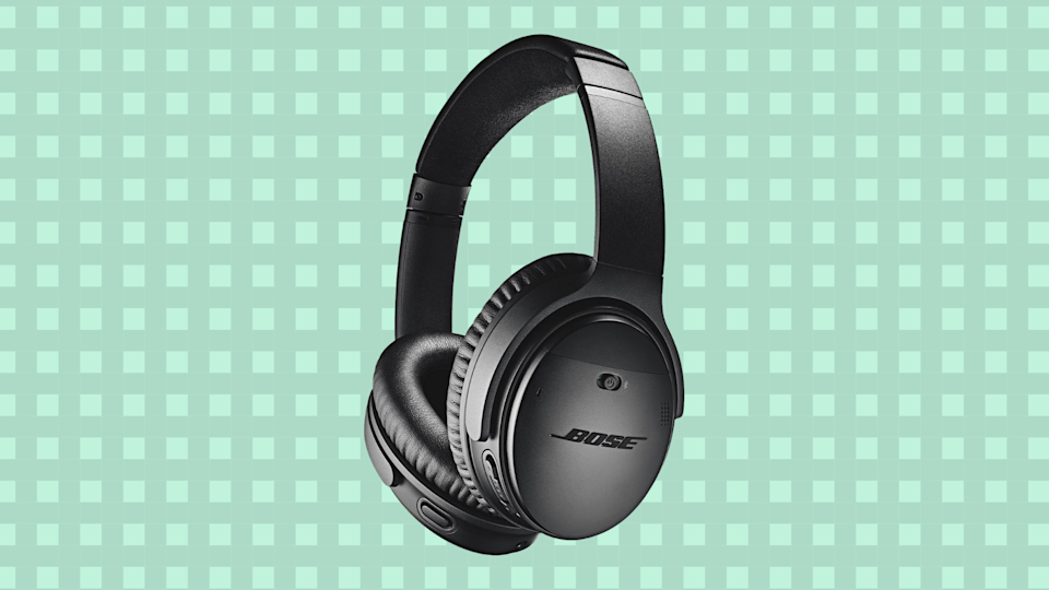 Save $ 150 on these Bose QuietComfort 35 II wireless Bluetooth headsets.  (Photo: Amazon)