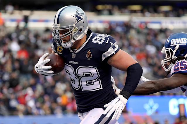 "<a class=""link rapid-noclick-resp"" href=""/nfl/players/6405/"" data-ylk=""slk:Jason Witten"">Jason Witten</a> reportedly still hasn't made a decision on whether he will retire and join ESPN's MNF crew or return for a 16th season with the <a class=""link rapid-noclick-resp"" href=""/nfl/teams/dal"" data-ylk=""slk:Dallas Cowboys"">Dallas Cowboys</a>. (Getty Images)"