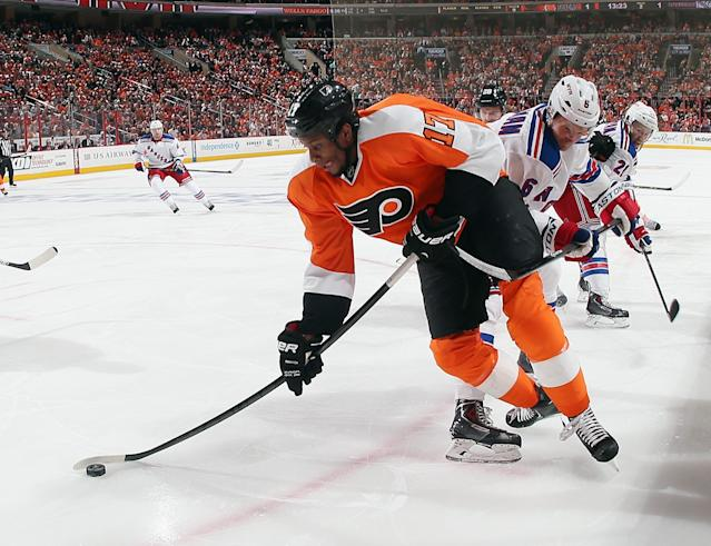 PHILADELPHIA, PA - APRIL 25: Wayne Simmonds #17 of the Philadelphia Flyers is checked by Anton Stralman #6 of the New York Rangers in Game Four of the First Round of the 2014 NHL Stanley Cup Playoffs at the Wells Fargo Center on April 25, 2014 in Philadelphia, Pennsylvania. The Flyers defeated the Rangers 2-1. (Photo by Bruce Bennett/Getty Images)