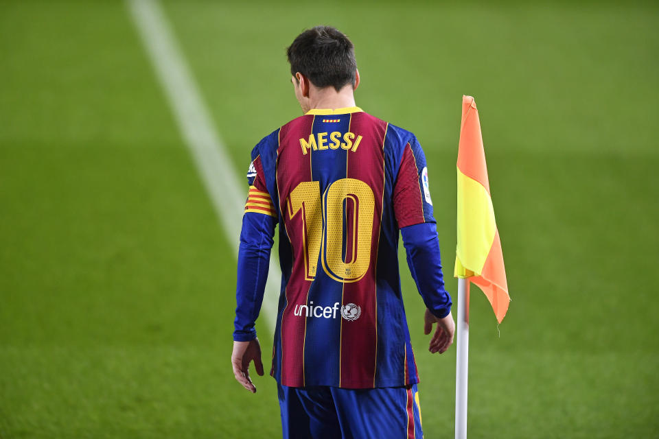 Leo Messi during the match between FC Barcelona and Levante UD, corresponding to the week 13 of the Liga Santander, played at the Camp Nou Stadium, on 13th dECember 2020, in Barcelona, Spain.   -- (Photo by Urbanandsport/NurPhoto via Getty Images)