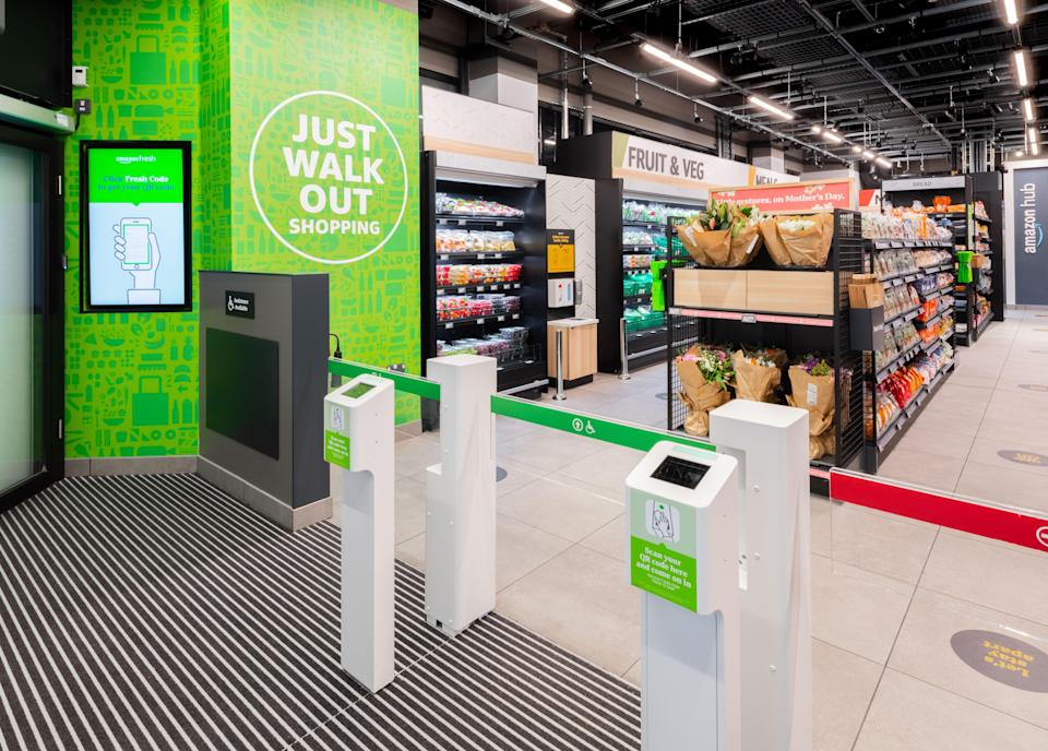 An existing Amazon Fresh store is pictured (Amazon)