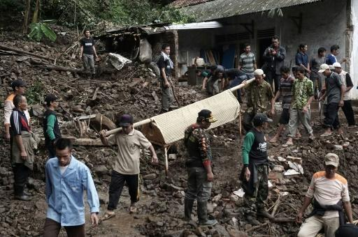 31 dead, 19 missing in Indonesian floods, landslides: official