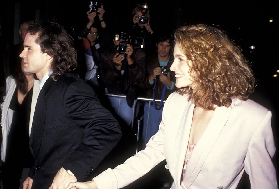 Actor Jason Patric and actress Julia Roberts attend the 'Rush' Hollywood Premiere on December 18, 1991 at the Hollywood Galaxy Theatre in Hollywood, California. (Photo by Ron Galella, Ltd./Ron Galella Collection via Getty Images)