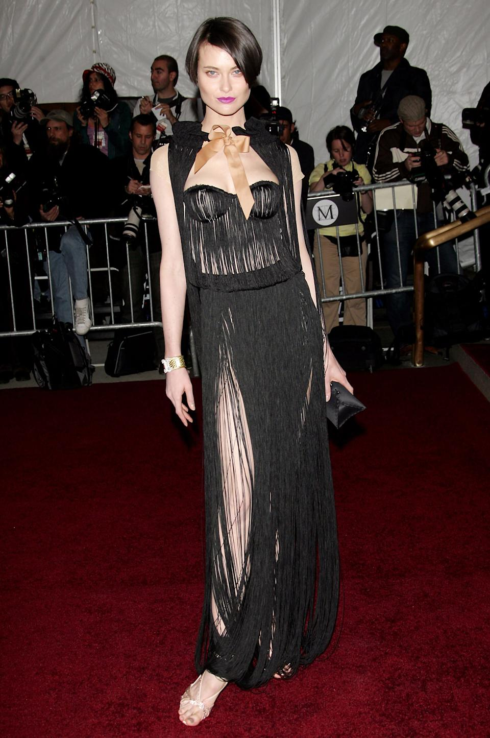 """<h1 class=""""title"""">Shalom Harlow in Viktor and Rolf, 2007</h1><cite class=""""credit"""">Photo: Getty Images</cite>"""