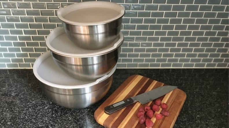 These mixing bowls come with lids for travel and storage.