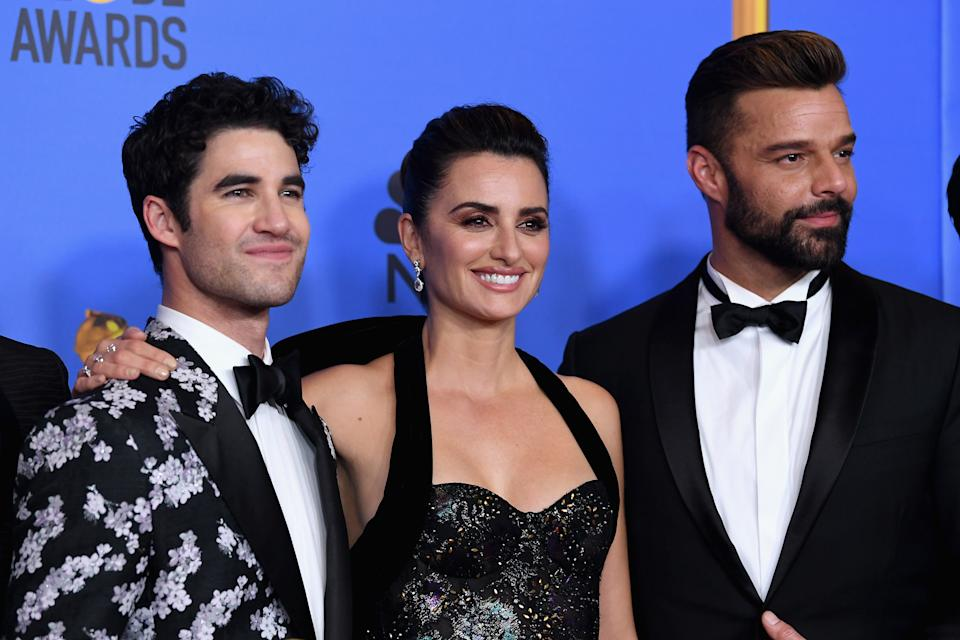 BEVERLY HILLS, CA - JANUARY 06:  Outstanding Limited Series award for 'The Assassination of Gianni Versace: American Crime Story' winners, (L-R) Darren Criss, Penelope Cruz, and Ricky Martin pose in the press room during the 76th Annual Golden Globe Awards at The Beverly Hilton Hotel on January 6, 2019 in Beverly Hills, California.  (Photo by Kevin Winter/Getty Images)