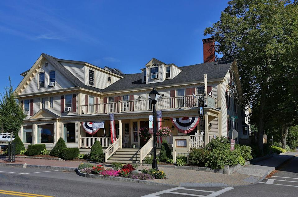 "<p>This handsome retreat has been serving New England's upper crust since 1799. Its breathtaking views and elegant quarters continue to lure visitors, but ghost hunters also flock thanks to rumors that Silas Perkins, a former clerk at the Inn, continues to inhabit his place of former employment—his presence being made visible occasionally by flying or falling wine glasses. Cheers!<br></p><p><a class=""link rapid-noclick-resp"" href=""https://go.redirectingat.com?id=74968X1596630&url=https%3A%2F%2Fwww.tripadvisor.com%2FHotel_Review-g40693-d89243-Reviews-Kennebunk_Inn-Kennebunk_Kennebunks_Maine.html&sref=https%3A%2F%2Fwww.countryliving.com%2Flife%2Ftravel%2Fg2689%2Fmost-haunted-hotels-in-america%2F"" rel=""nofollow noopener"" target=""_blank"" data-ylk=""slk:PLAN YOUR TRIP"">PLAN YOUR TRIP</a> </p>"