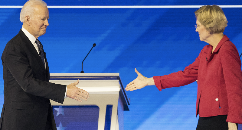 Biden and Warren ahead of the Democratic presidential debate at Saint Anselm College in Manchester, New Hampshire, U.S., on Friday, Feb. 7, 2020. (Photo: Adam Glanzman/Bloomberg via Getty Images)
