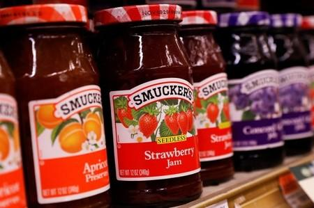 Weak dog food sales hit Smucker results; shares tumble
