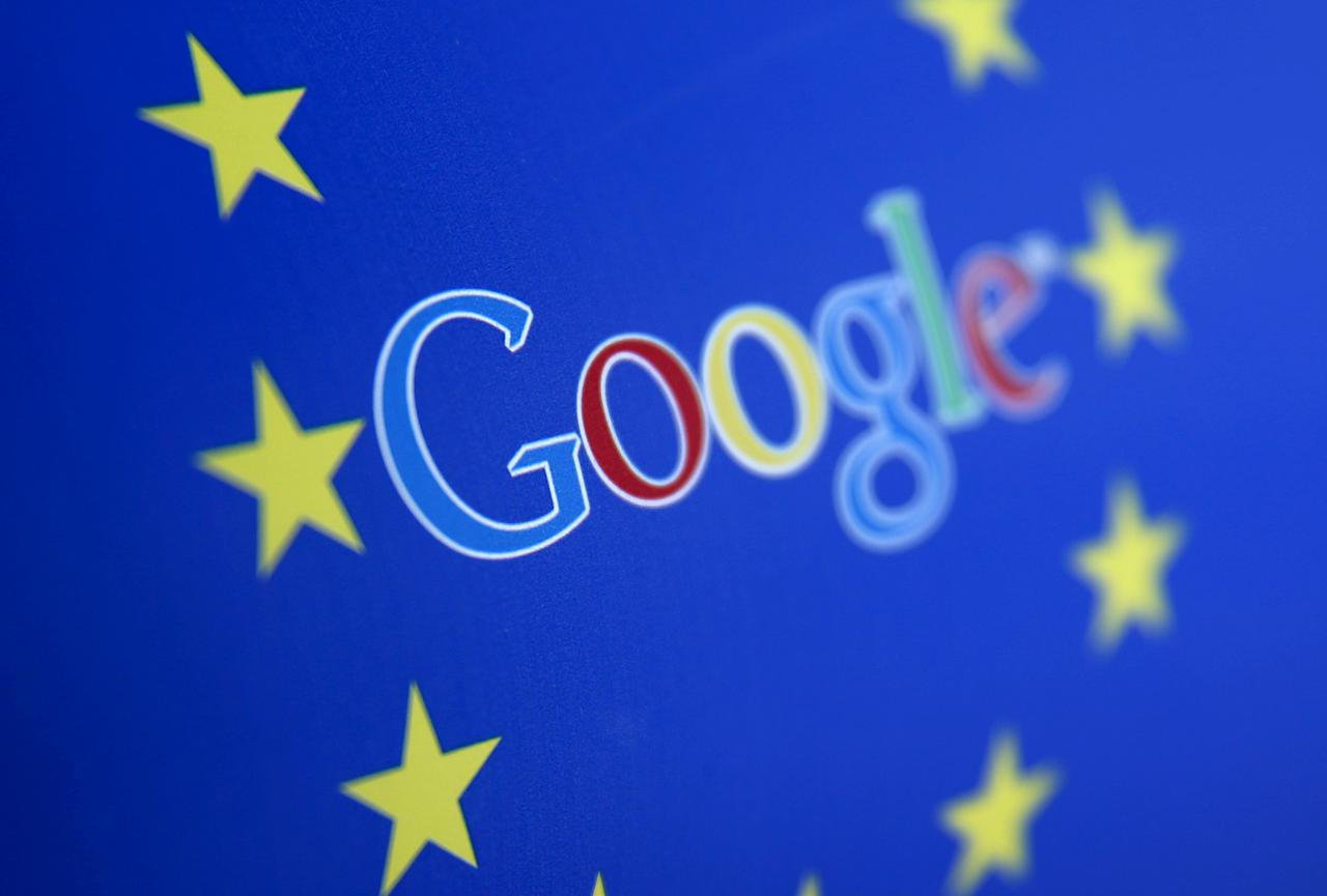 FILE PHOTO: Google and European Union logos are seen in this April 15, 2015 photo illustration.  REUTERS/Dado Ruvic/Illustration/File Photo     TPX IMAGES OF THE DAY