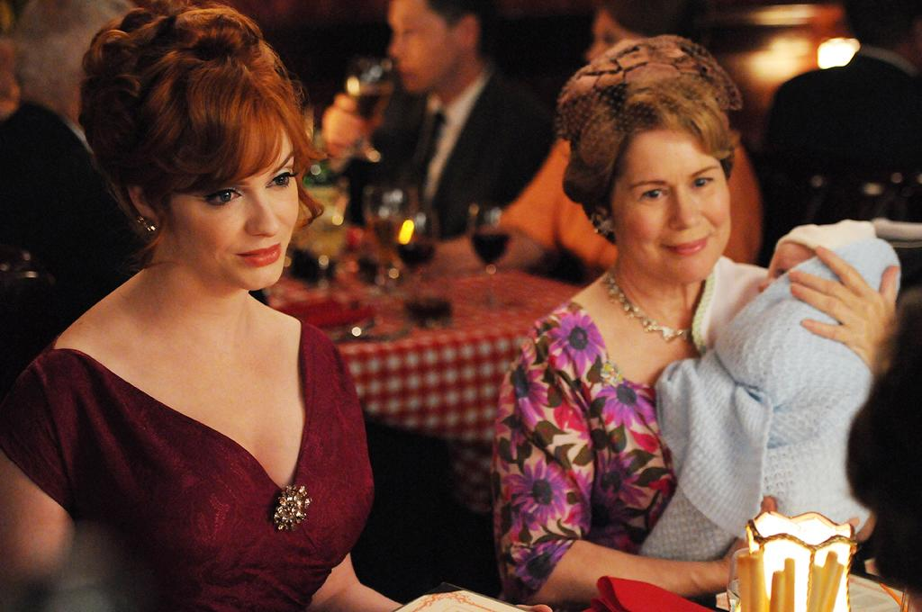 """<p><b>8. Joan & Gail (""""<a href=""""http://tv.yahoo.com/mad-men/show/39828"""">Mad Men</a>"""")</b><br><br>  They don't have comic timing, but we're mesmerized any time this mother-daughter duo is on screen. Gail is opinionated and not afraid to stick her nose into Joan's business, and Joan seems happy to have someone care for her child while she takes naps. Watching their awkward interactions is a pure delight, and we're hoping that Gail moves in permanently to help out the suddenly single Joan. </p>"""