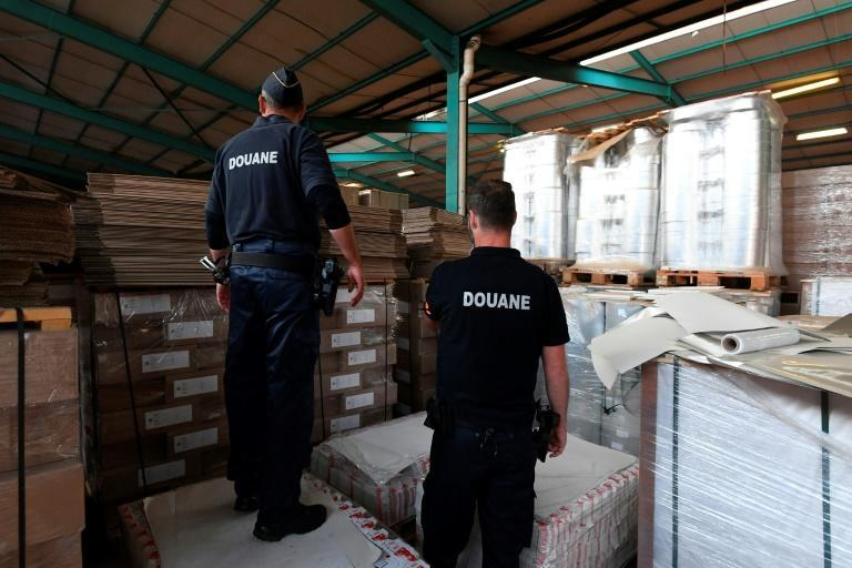 The operation was the biggest yet carried out by Belgian customs officers trying to dismantle a counterfeit cigarette production network