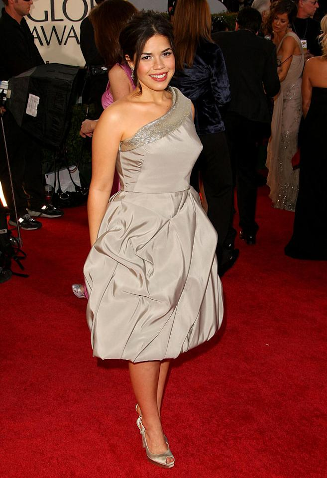 """America Ferrera arrives at the 66th Annual Golden Globe Awards in Beverly Hills. Vince Bucci/<a href=""""http://www.wireimage.com"""" target=""""new"""">WireImage.com</a> - January 11, 2009"""