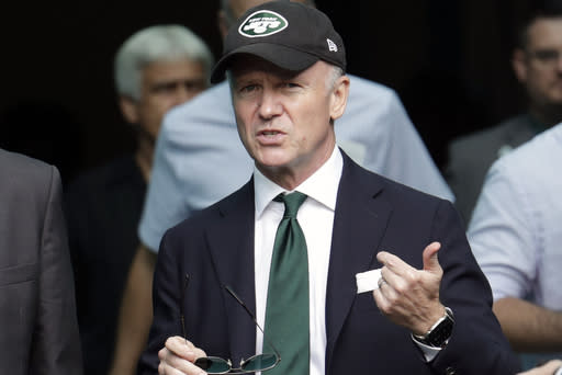 Jets' Johnson still believes in Gase, Darnold to lead team